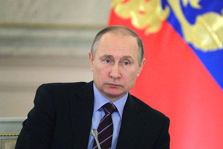 Путин призвал ускорить процесс обеспечения жильем погорельцев вИркутской области