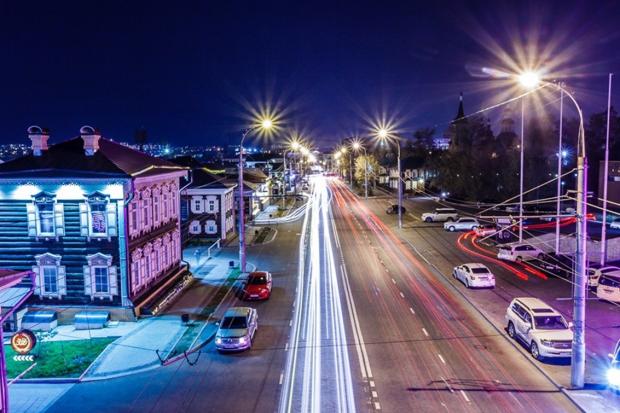 Ночной Иркутск. Автор фото -- Слава Динь