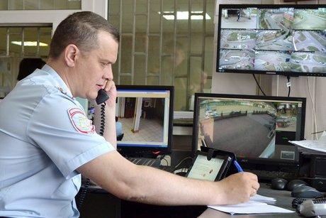 Нарынке вЛенинском районе Иркутска автомобилист выстрелил вохранника