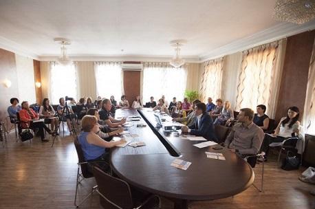 На первом семинаре в Иркутске. Фото предоставлено МАСТС