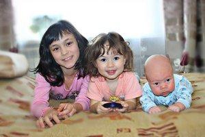Трое из ларца одинаковых лица