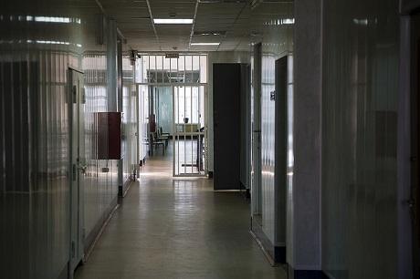 Гражданин Осинского района отправился зарешетку запопытку изнасилования 12-летней девушки