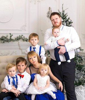 Счастливая семья. Счастливая мама.