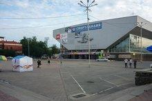 Площадь у дворца спорта «Труд». Фото IRK.ru