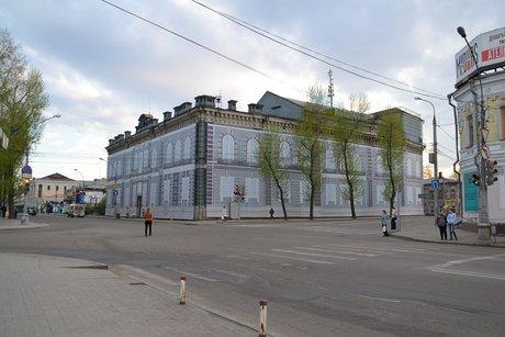 Около ста деревьев планируют высадить наулице Карла Маркса вИркутске