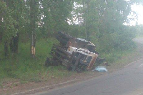 ВПриангарье трактор перевернулся ипридавил водителя