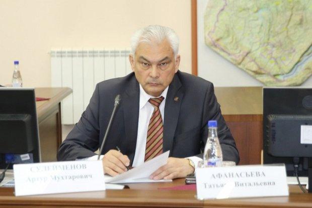 Артур Сулейменов. Фото с сайта правительства Иркутской области