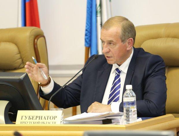 Сергей Левченко на сессии. Фото с сайта правительства Иркутской области
