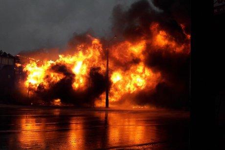 ВИркутске сгорело офисное сооружение наплощади 240 кв.метров