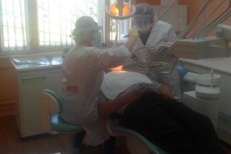 Стоматолог в мсч 36