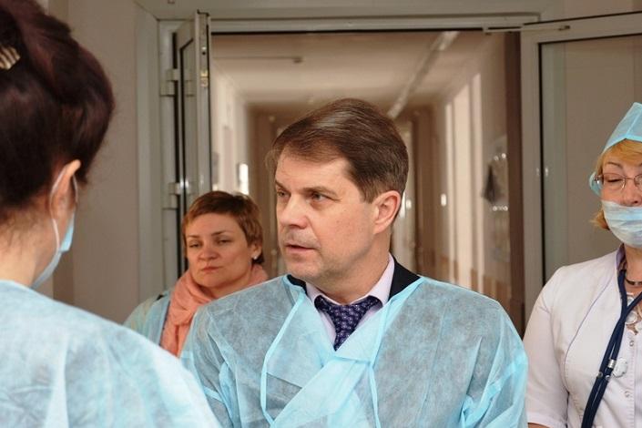 Министр здравоохранения Иркутской области Олег Ярошенко. Фото ТК «Город»