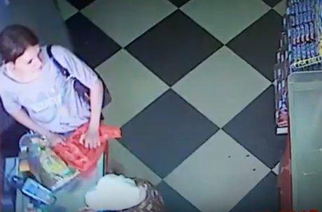 ВИркутске разыскивают мошенницу, ограбившую пенсионерку на250 тыс. руб.