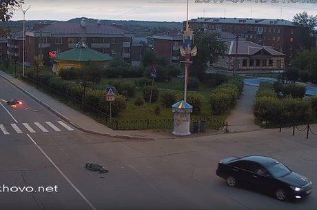 Шофёр Тоёта насмерть сбил мотоциклиста вЧеремхово