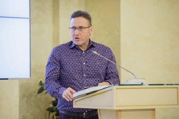Евгений Минченко. Фото со страницы политолога в Facebook