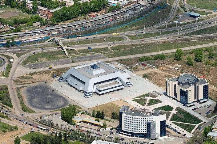 Ледовый дворец и Молчановка в Иркутске. Фото с сайта www.newsfromweb.ru
