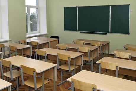 Под Иркутском школьника отправят вколонию заудар учителя стулом