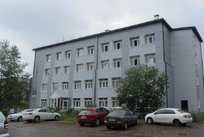 УК РФ Статья 2421 Изготовление и оборот материалов или