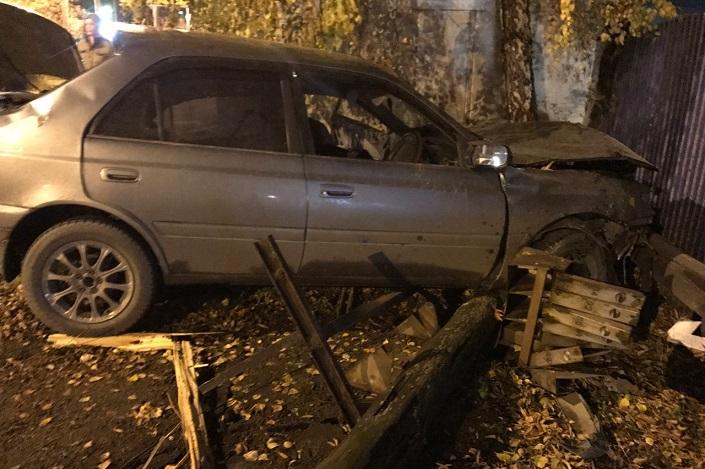 ВИркутске вДТП нетрезвый шофёр Тоёта Premio угробил себя ипассажира
