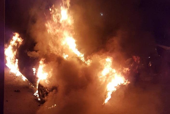 Неизвестные сожгли Ауди A4 наДальневосточной улице Иркутска