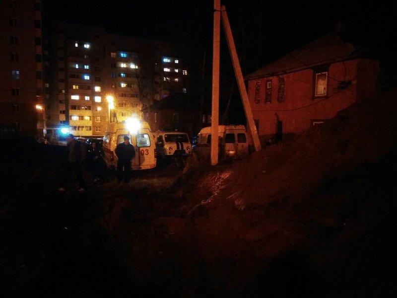 Трёх рабочих вИркутске завалило землёй вовремя работ