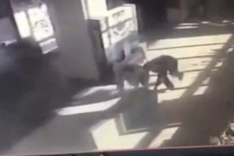 ВИркутске задержали мужчину, пытавшегося похитить терминал оплаты изкинотеатра