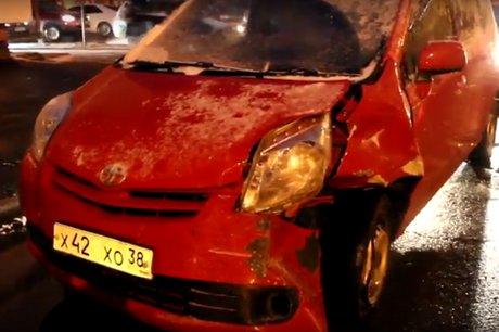 ВИркутске пьяная пенсионерка столкнулась савтомобилями ивъехала всветофор