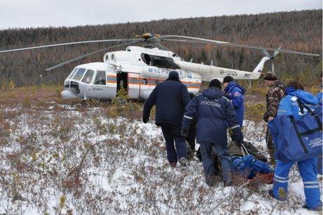 ВИркутской области четырех охотников cотрудники экстренных служб эвакуировали изтайги