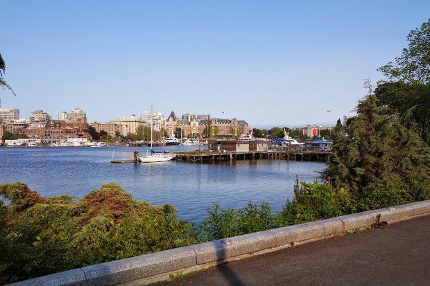 Виктория — столица нашей провинции Британская Колумбия, находится на острове Ванкувер