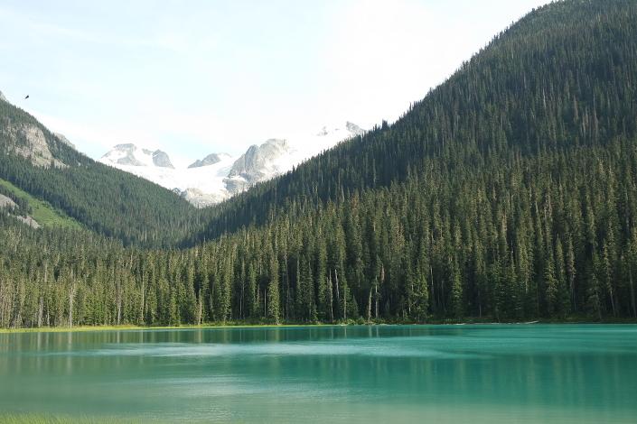 Провинциальный парк Joffre Lakes, лучший хайк Британской Колумбии, три голубых озера