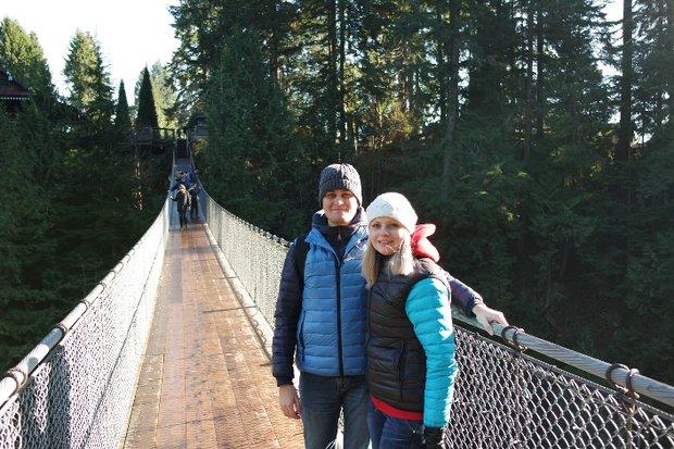 Подвесной мост Капилано - одна из самых известных достопримечательностей Ванкувера