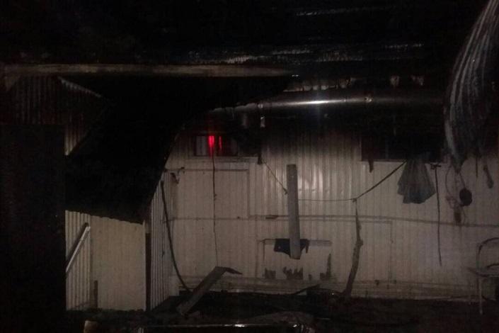 Автомобиль Ауди A6 сгорел впожаре вавтомойке вИркутске