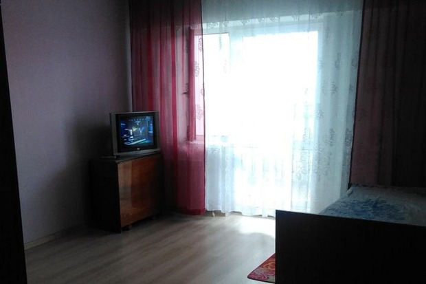 Квартира в переулке Академика Окладникова, 27