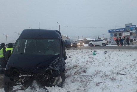 ВИркутской области 5 человек пострадали вДТП смаршруткой