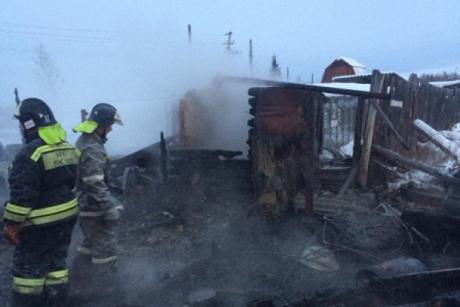 5 человек погибли врезультате сильного возгорания вдачном доме вИркутской области