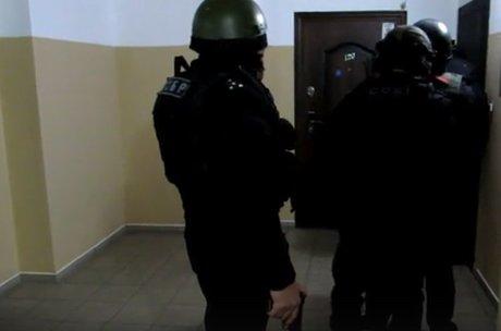 Рецидивистов задержали запохищение автомобиля вИркутске