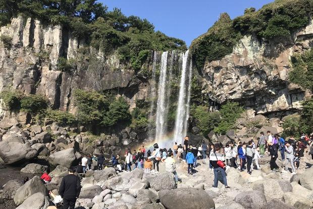 Водопад Чонбан