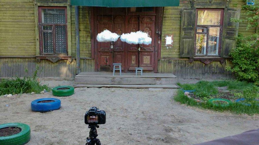 Декорации готовы. В качестве локации выбран дом 37 на Дзержинского.