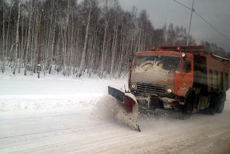 Дорожная служба Приангарья работает вусиленном режиме из-за снегопадов