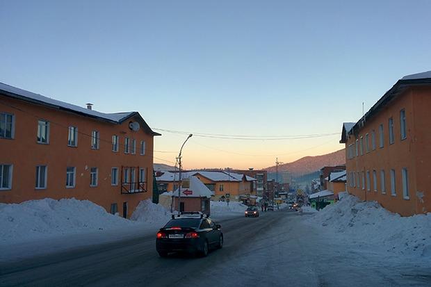 Поселок Шерегеш. Располагается от горнолыжного курорта в 3,6 километра