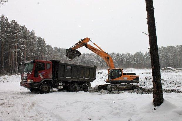 Ликвидация свалки в Баклашах. Фото пресс-службы иркутского отделения ОНФ