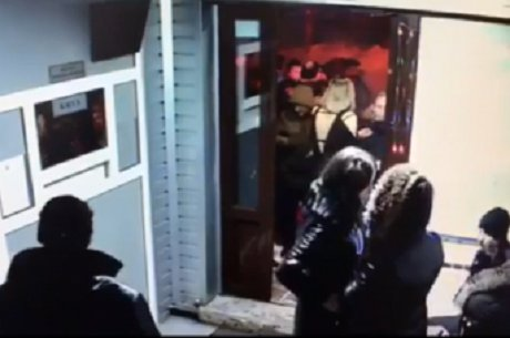 ВВихоревке 18-летний парень насмерть забил мужчину, защищая девушку