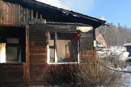 Двое детей погибли напожаре вШелеховском районе Приангарья