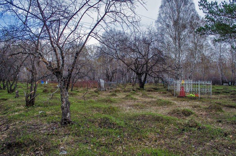 Места под захоронения продавали неизвестные запределами территории кладбища вПивоварихе