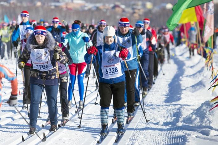 """Участники """"Лыжни России"""" в 2017 году. Фото Валерии Алтарёвой"""