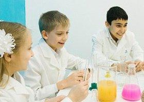 Курсы для юных химиков в клубе «Фарадей»
