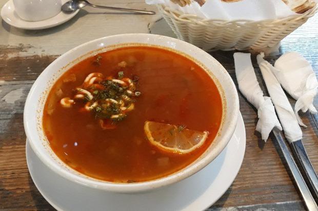 Блюдо из гриль-бара «Вертел». Фото Евы Гриль