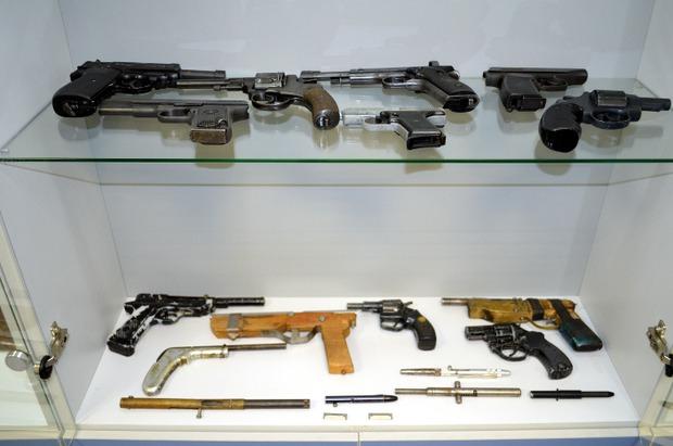 Коллекция оружия в музее криминалистики