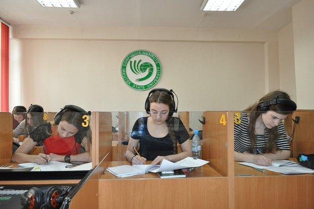 Лингафонный кабинет. Фото Надии Гафиевой