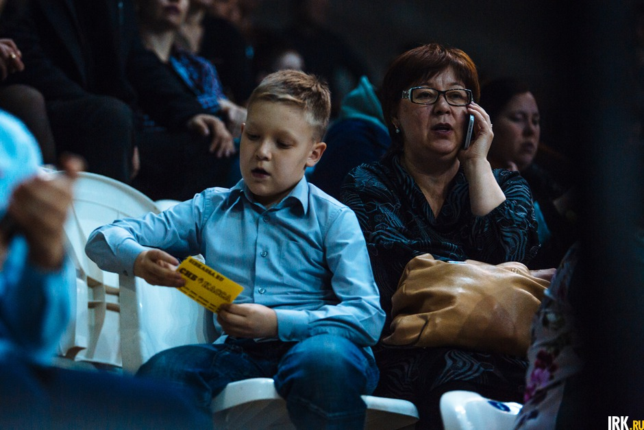 Зрителям «Первого канала» покажут сюжет обрянской эстрадной певице Насте Гладилиной