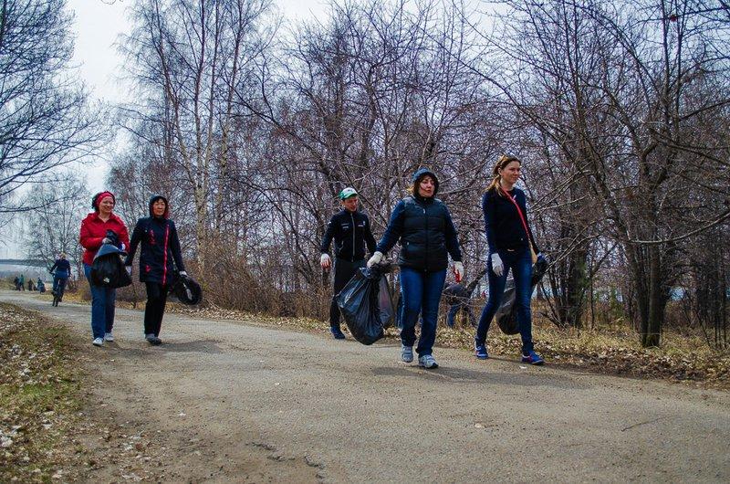 25 тыс. человек приняли участие всубботнике вИркутске